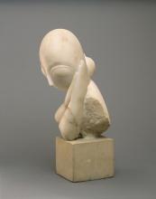 Brancusi, Mademoiselle Pogany [I][lato], 1912, Marmo bianco e blocco di calcare, cm. 44,4 x 21 x 31,4,  cm. 15,2 x 16,2 x 17,8 (base), Philadelphia Museum of Art, inv. n. 1933-24-1, dono di Mrs. Rodolphe Meyer de Schauensee, 1933