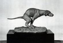 Adriano Cecioni, Cane che defeca, 1880, bronzo