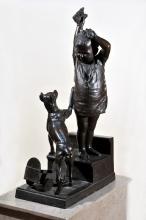 Adriano Cecioni, Una sorpresa per le scale, XIX secolo, 1880 (gesso originale), 1882 (fusione), bronzo, 118 x 36 x 66,5 cm, Roma, Galleria Nazionale d'Arte Moderna, Codice ICCD 12 00826914