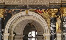Gustav Klimt, Arte italiana antica | Alt-Italienische Kunst 1891, pittura murale incastonata sopra l'atrio nell'architettura a colonne e portici della scala del Kunsthistorisches Museum, Wien, inv. nr. Gemäldegalerie, AU E