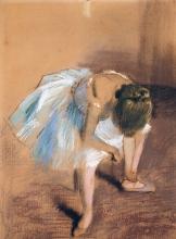 Degas, Ballerina seduta con la mano alla caviglia   Danseuse assise avec la main à la cheville   Seated dancer with hand at the ankle