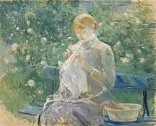 Morisot, Pasie che cuce nel giardino di Bougival.png