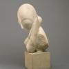 Constantin Brancusi, Mademoiselle Pogany [I][lato], 1912, Marmo bianco e blocco di calcare, cm. 44,4 x 21 x 31,4,  cm. 15,2 x 16,2 x 17,8 (base), Philadelphia Museum of Art, inv. n. 1933-24-1, dono di Mrs. Rodolphe Meyer de Schauensee, 1933